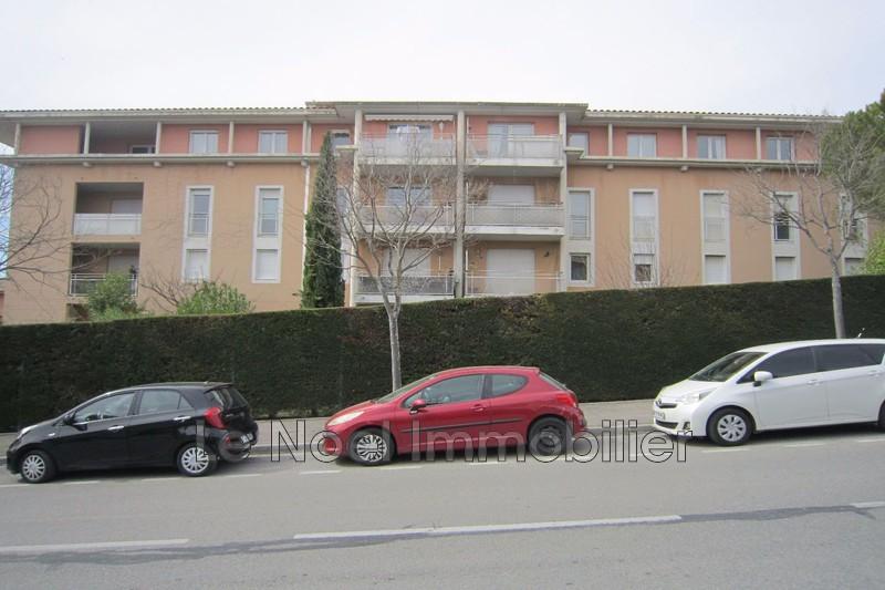 Photo Appartement Aix-en-Provence Aix ouest,  Location appartement  3 pièces   70m²