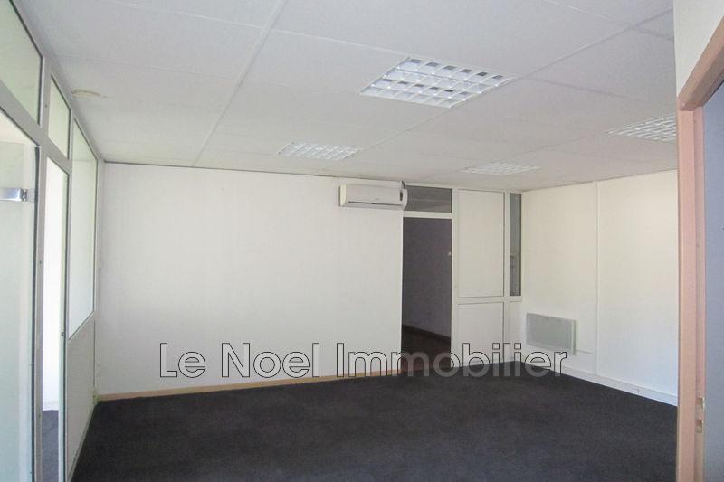 Photo Murs local professionnel Aix-en-Provence Zi les milles,  Professionnel murs local professionnel   134m²