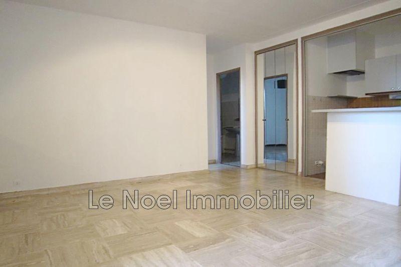 Photo n°2 - Vente appartement Aix-en-Provence 13100 - 192 000 €
