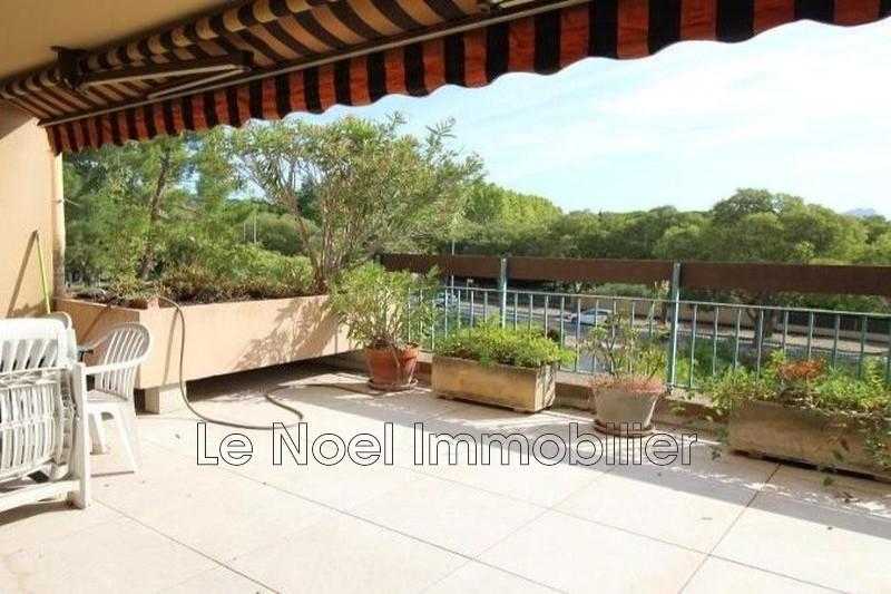 Photo Appartement Aix-en-Provence   achat appartement  4 pièces   80m²