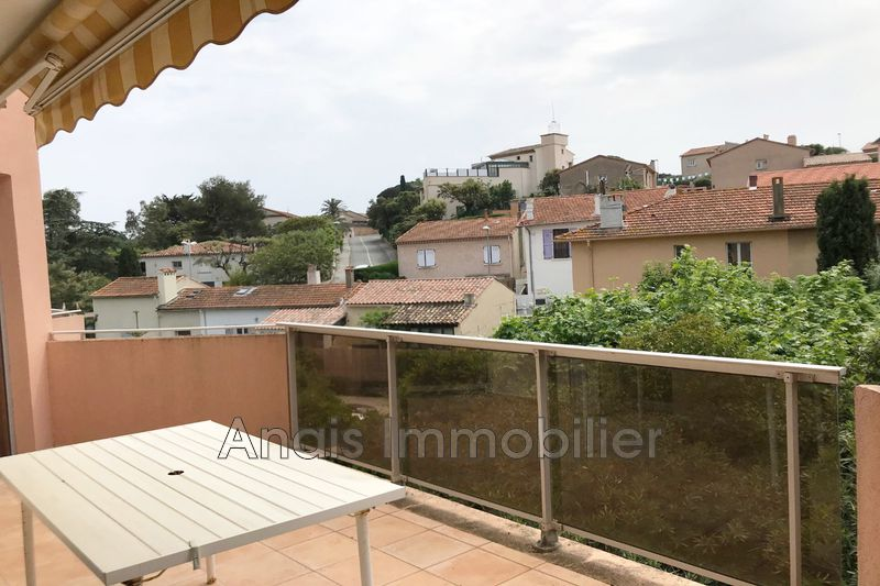 Photo Appartement Sainte-Maxime  Location appartement  3 pièces   49 m²