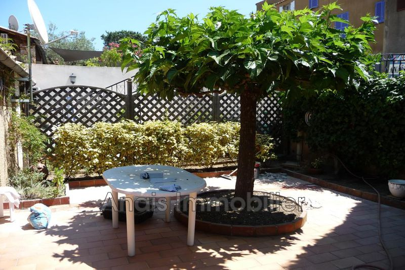 Photo n°1 - Location maison de village Grimaud 83310 - 1 025 €