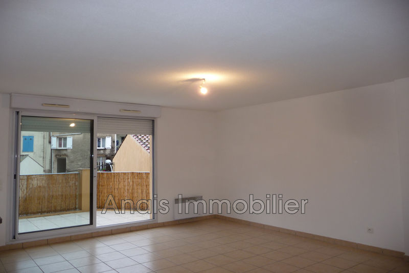 Photo n°2 - Location appartement Cogolin 83310 - 1 115 €