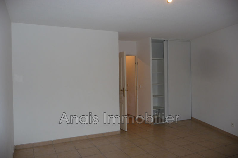 Photo n°3 - Location appartement Cogolin 83310 - 1 115 €