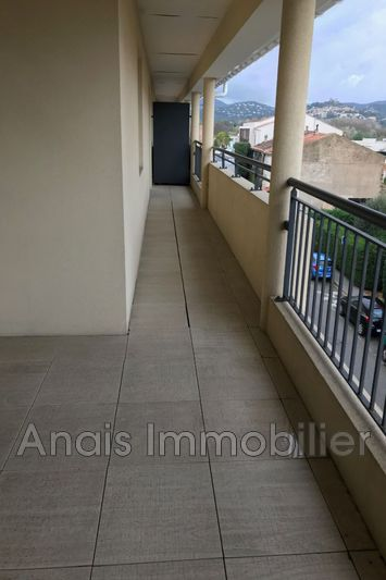 Photo n°5 - Location appartement Cogolin 83310 - 996 €
