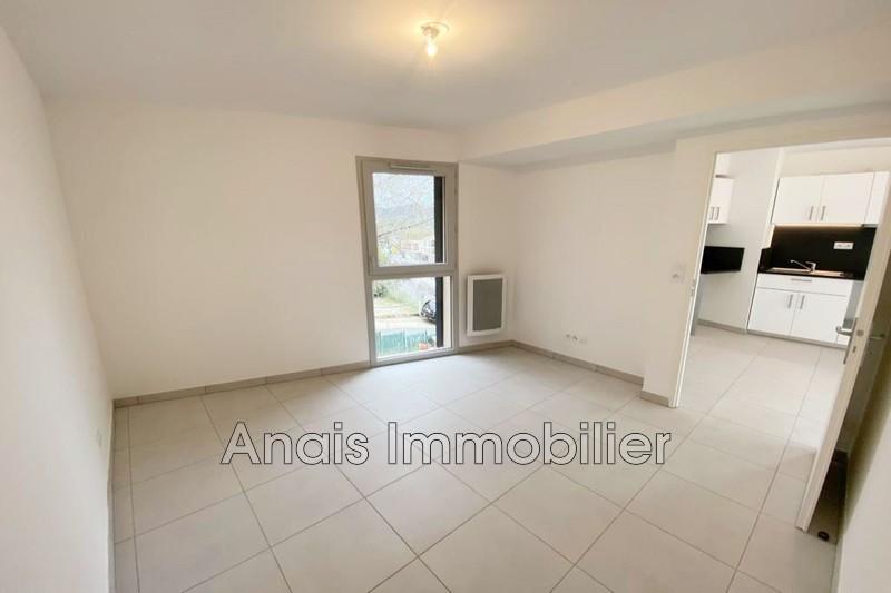 Photo Appartement Cogolin  Location appartement  2 pièces   40m²