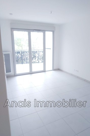 Photo n°3 - Location appartement Cogolin 83310 - 661 €