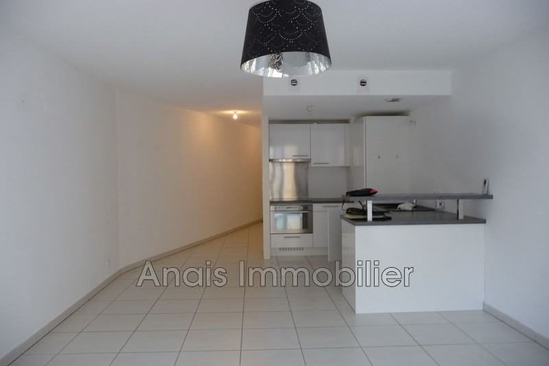 Photo Appartement Sainte-Maxime  Location appartement  2 pièces   47 m²