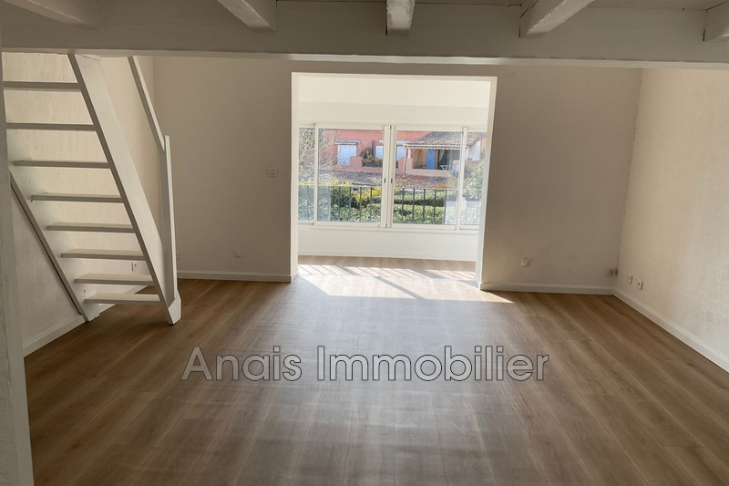 Photo Apartment Grimaud  Rentals apartment  1 room   26 m²