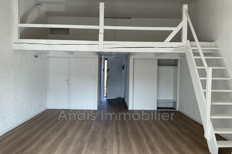 Photo n°2 - Location appartement Grimaud 83310 - 650 €