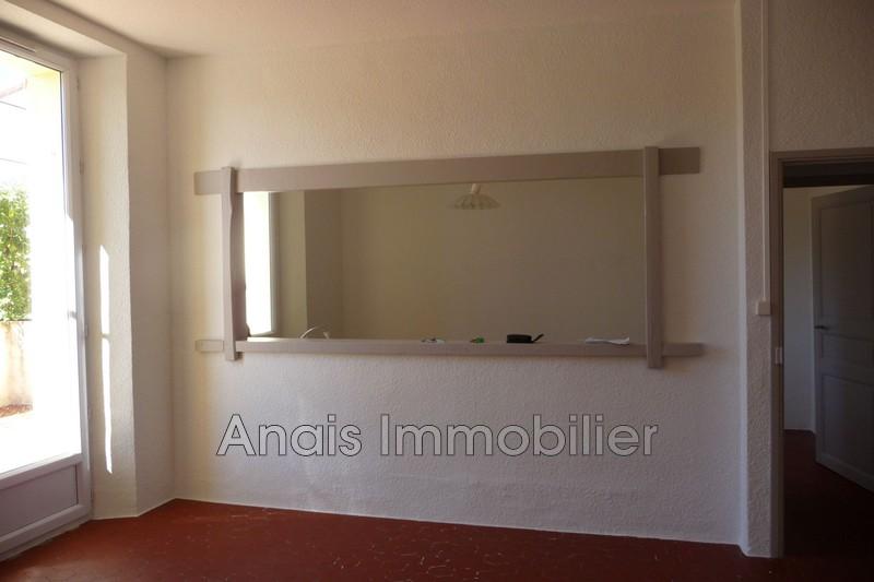 Photo Appartement Cogolin  Location appartement  4 pièces   80m²