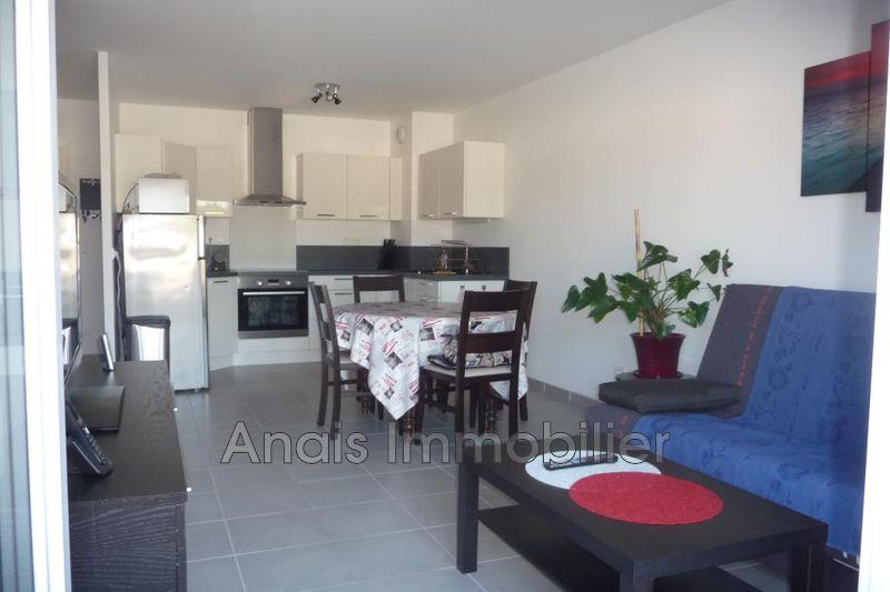 Photo Appartement Cogolin Centre-ville,  Location appartement  2 pièces   39m²