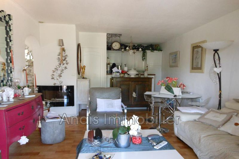 Photo n°2 - Vente appartement Cogolin 83310 - 349 000 €
