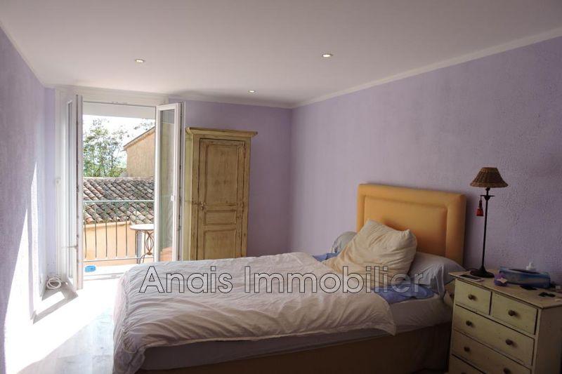 Photo Appartement Grimaud Hors agglomération,   achat appartement  3 pièces   60m²