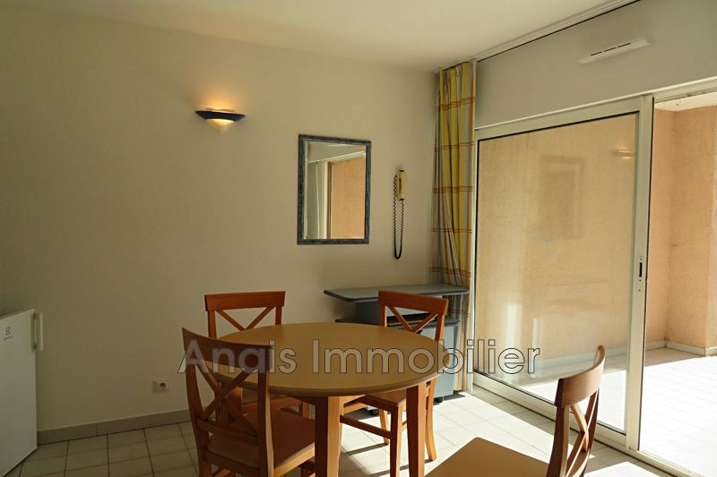 Photo n°1 - Vente Appartement rez-de-jardin Gassin 83580 - 139 000 €