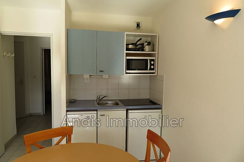 Photo n°2 - Vente Appartement rez-de-jardin Gassin 83580 - 139 000 €