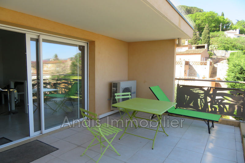 Photo Appartement Cogolin Centre-ville,   achat appartement  2 pièces   42 m²