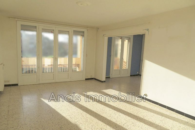 Photo Appartement Cogolin   achat appartement  3 pièces   61 m²