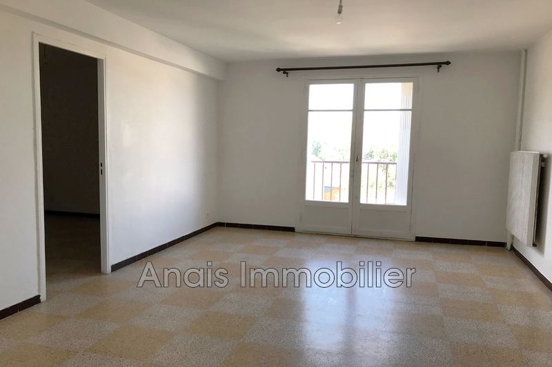 Photo Appartement Cogolin   achat appartement  3 pièces   70 m²