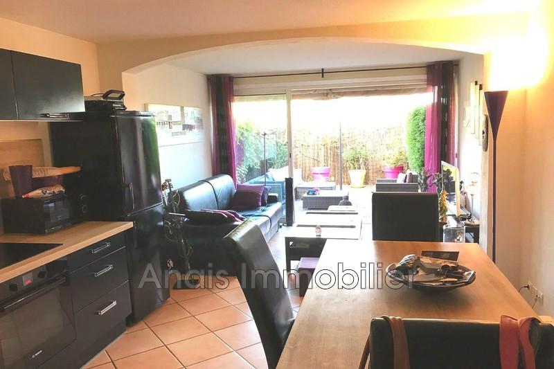 Photo Appartement Cogolin   achat appartement  2 pièces   34m²