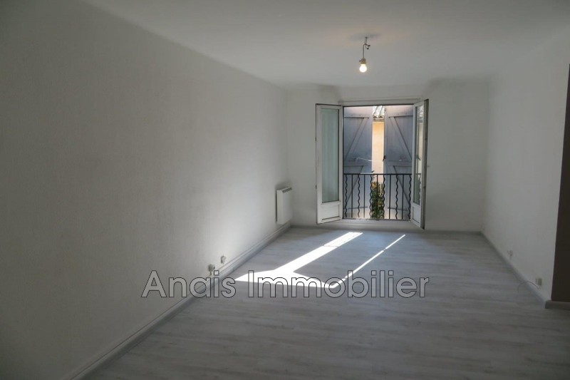 Photo Appartement Cogolin   achat appartement  3 pièces   75 m²