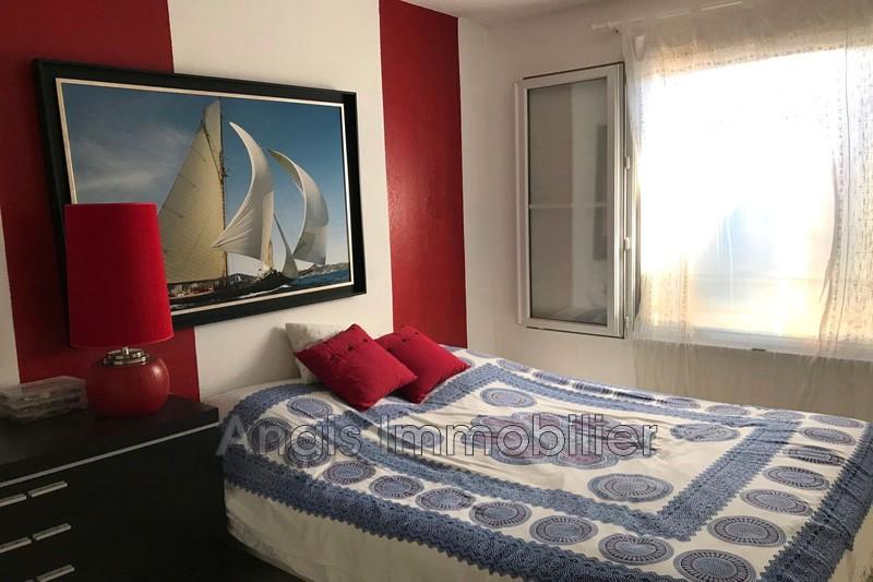 Photo n°4 - Vente appartement Cogolin 83310 - 240 700 €