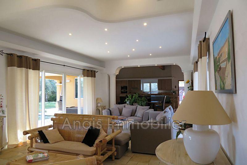 Photo Maison Grimaud   achat maison  3 chambres   165m²