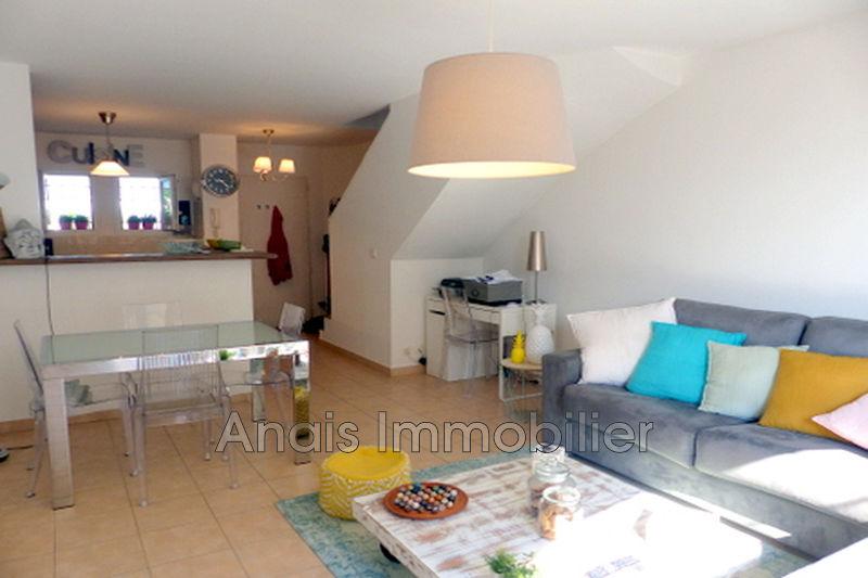 Photo Maison Port Grimaud   achat maison  2 chambres   68m²