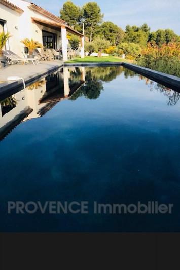 Photo Villa Villecroze   achat villa  3 chambres   150m²