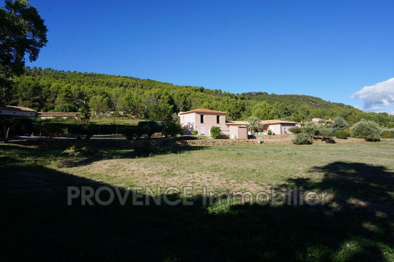 Photo Villa Salernes   achat villa  3 chambres   203m²