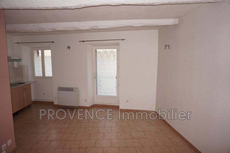 Photo Appartement Salernes Village,   achat appartement  2 pièces   35 m²