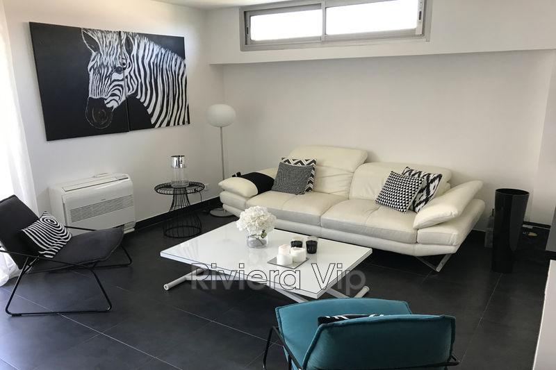 Photo Appartement Cannes Palm-beach,   achat appartement  2 pièces   43m²