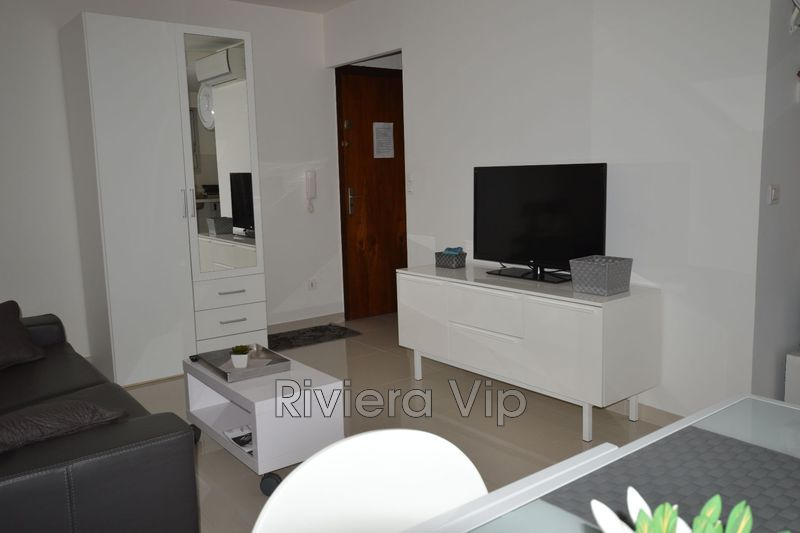 Photo n°3 - Vente appartement Cannes 06400 - 174 900 €