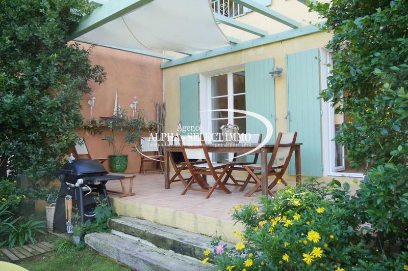 Photo Maison Grimaud Bord de mer,   achat maison  3 chambres   82m²