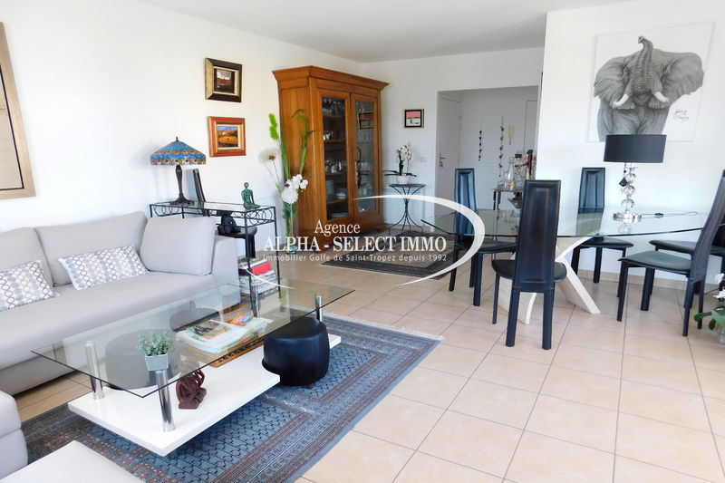 Photo Apartment Cogolin Proche centre-ville,   to buy apartment  3 rooms   65 m²