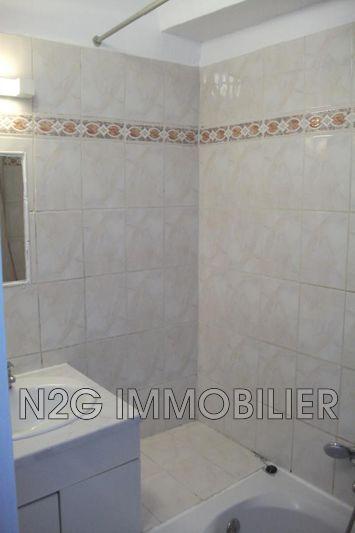 Photo n°4 - Location appartement Saint-Paul-en-Forêt 83440 - 445 €