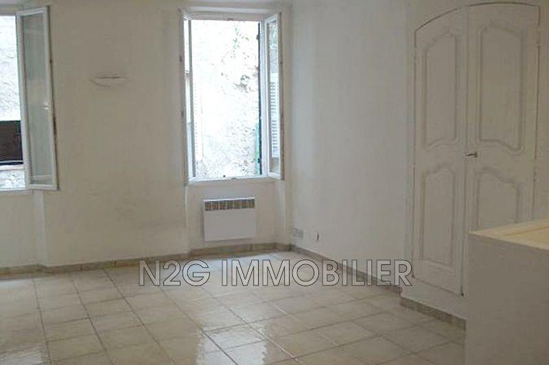 Appartement Callas  Location appartement  2 pièces   35m²