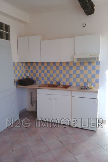 Photo n°2 - Location appartement Callas 83830 - 305 €