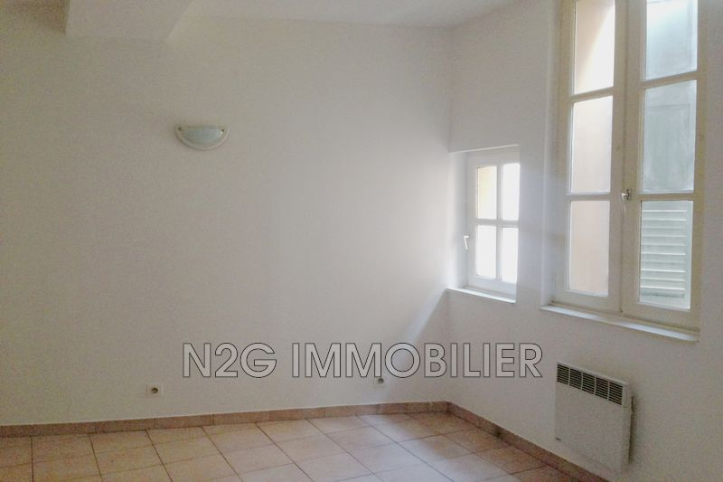 Photo Apartment Grasse  Rentals apartment  2 rooms   34 m²