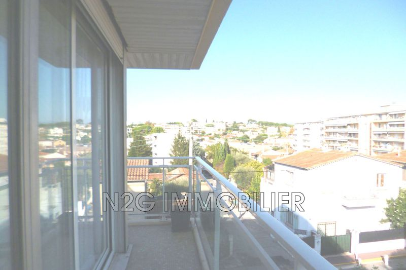 Photo Apartment Cannes Centre-ville,  Rentals apartment  1 room   20 m²