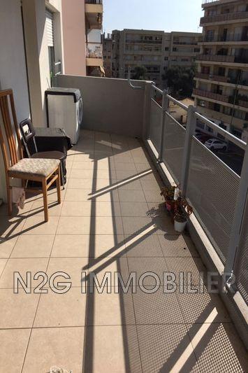 Photo Appartement Le Cannet Centre-ville,  Location appartement  2 pièces   48m²