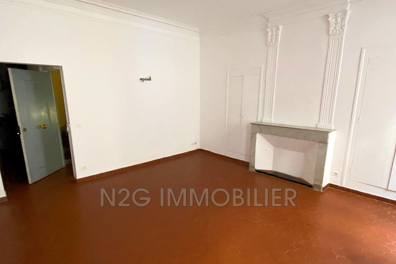 Photo Appartement Grasse  Location appartement  1 pièce   30m²
