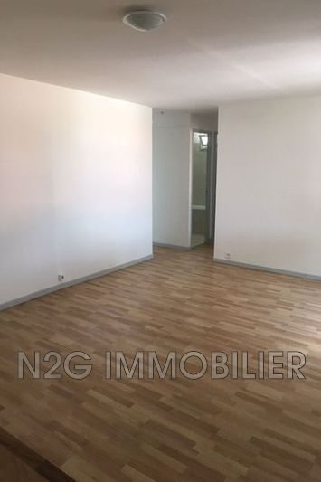 Photo n°5 - Location appartement Cannes 06400 - 885 €