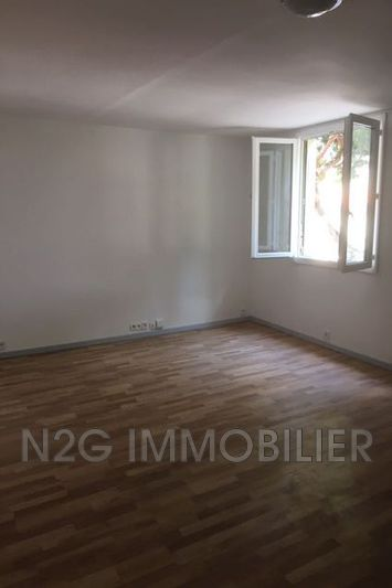 Photo n°6 - Location appartement Cannes 06400 - 885 €