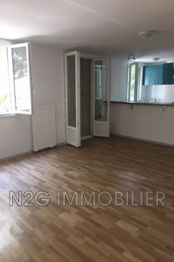 Photo n°1 - Location appartement Cannes 06400 - 885 €
