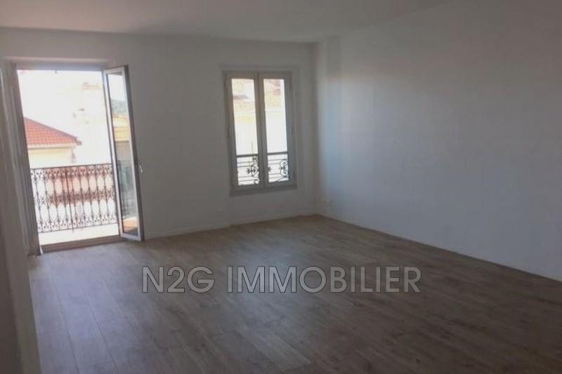 Appartement Cannes Centre-ville,  Location appartement  3 pièces   86m²