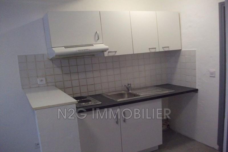 Appartement Vallauris Centre-ville,  Location appartement  1 pièce   19m²