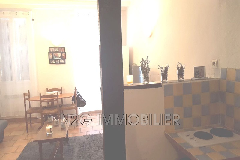Photo n°1 - Location appartement Callas 83830 - 310 €