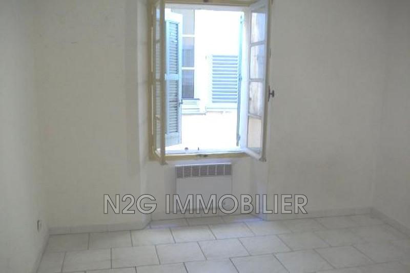 Photo Appartement Grasse Centre-ville,  Location appartement  2 pièces   35m²