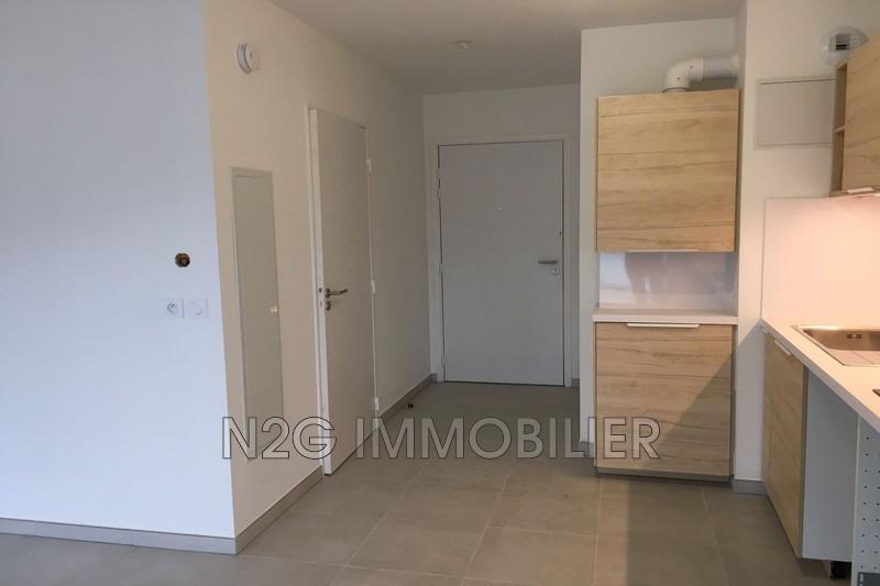 Appartement Le Cannet Centre-ville,  Location appartement  2 pièces   43m²